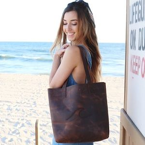 Bags - brown leather tote